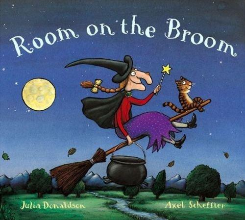 Capitanes Fantasticos Room on the Broom Cover Libro